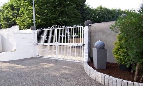 http://villa-marienborn.de/images/zufahrt.jpg